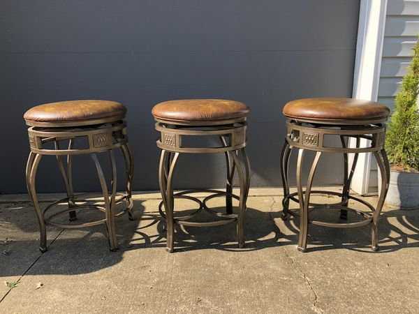 Awesome New And Used Bar Stools For Sale In Cincinnati Oh Offerup Bralicious Painted Fabric Chair Ideas Braliciousco