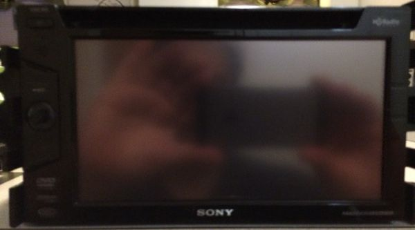 """sony 6"""" touch screen in-dash xm radio/dvd/cd/mp3"""