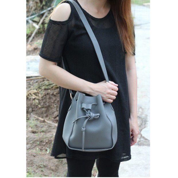 Fashion buckets leather handbags