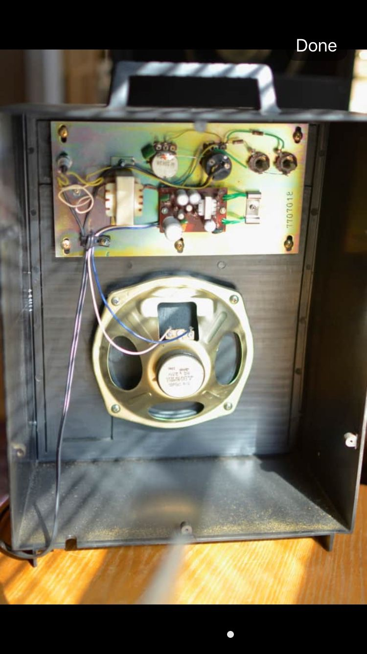 Teisco CM-10 amplifier and electric guitar (please read)