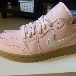 Jordan 1 Low Soft Pink / Sz 6.5y / New!!! Thumbnail