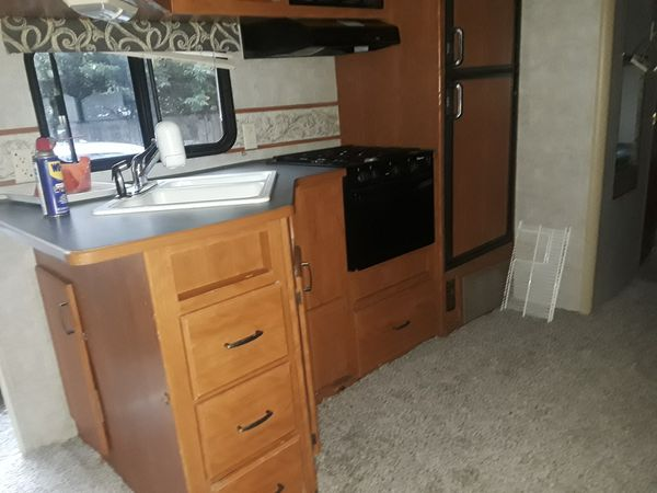 Travel Trailers For Sale Puyallup Wa >> 32ft travel trailer for Sale in Houston, TX - OfferUp