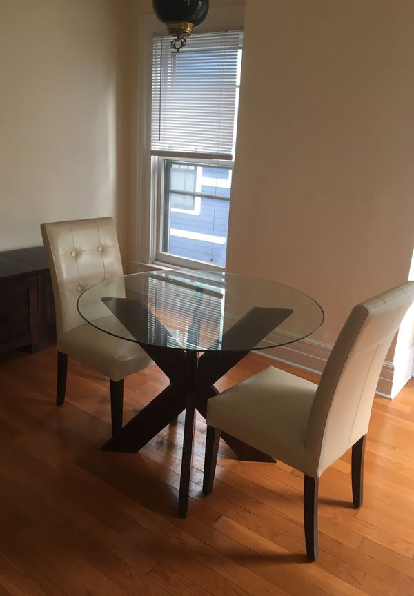 Set Glass Top Table With Wooden Legs And 2 Matching Leather Chairs