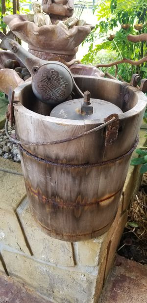 Early 1900's Antique Icecream Maker Bucket - Versitile Decor, Beautiful! for Sale in Winter Park, FL