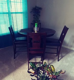 Dining room set with 4 chairs for Sale in Apex, NC