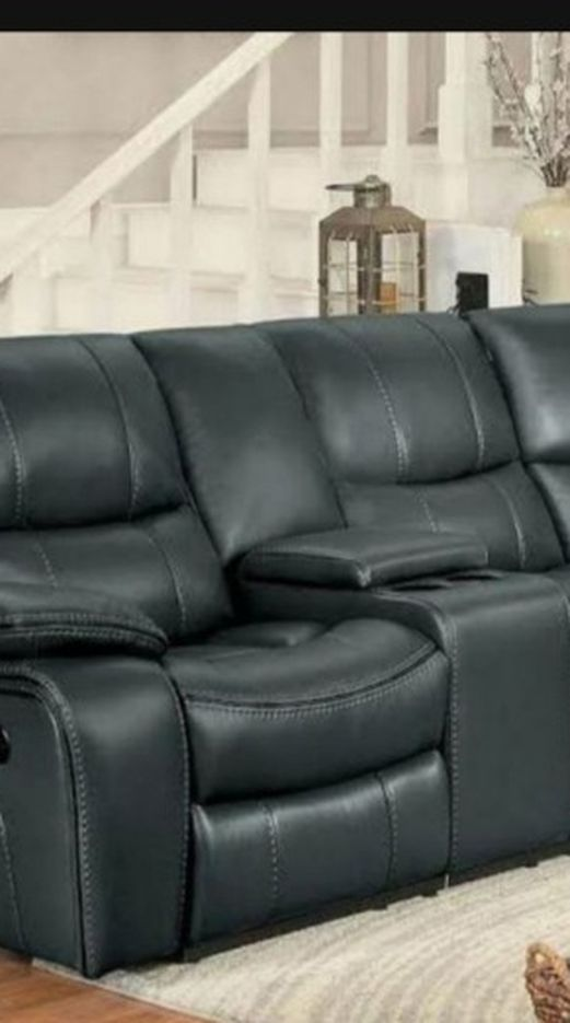Pecos Reclining Sectional Gray