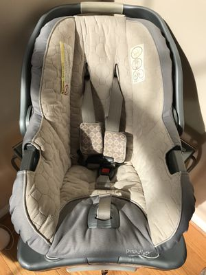 Prodigy Summer Infant Car Seat for Sale in Ashburn, VA