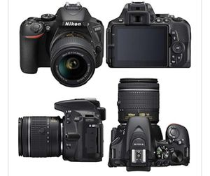 Nikon D5600 DSLR Camera with 18-55 and 70-300mm Lenses + 64GB Card for Sale in Austin, TX