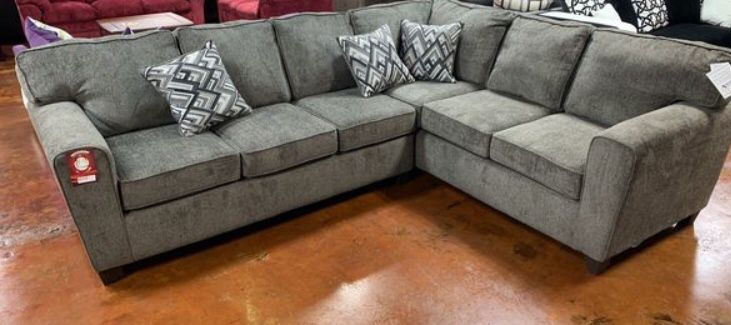 Large Grey Sectional Sofa Couch!!