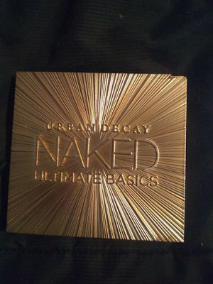 Urban Decay Naked Ultimate Basics 12pc shadow palette for Sale in Salt Lake City, UT