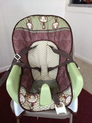 Baby chair for Sale in Dunn Loring, VA