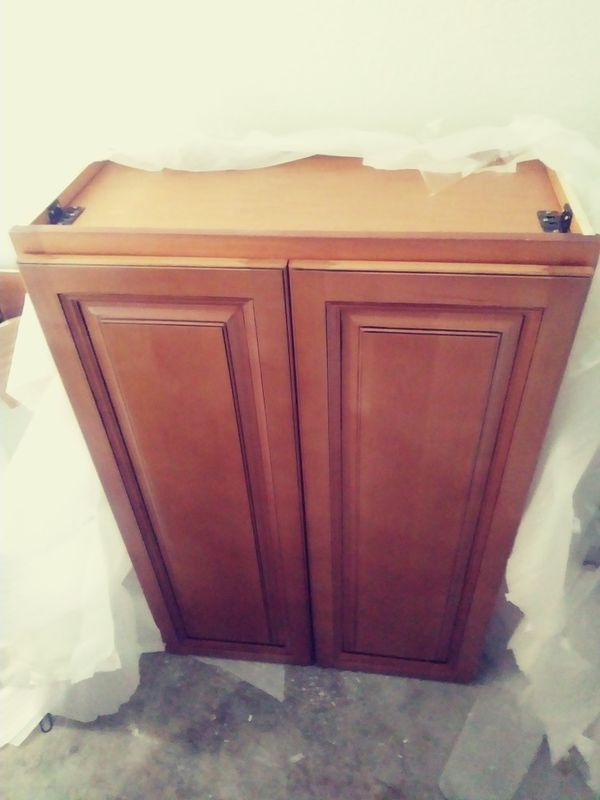 Kitchen upper cabinet for Sale in Sacramento, CA - OfferUp
