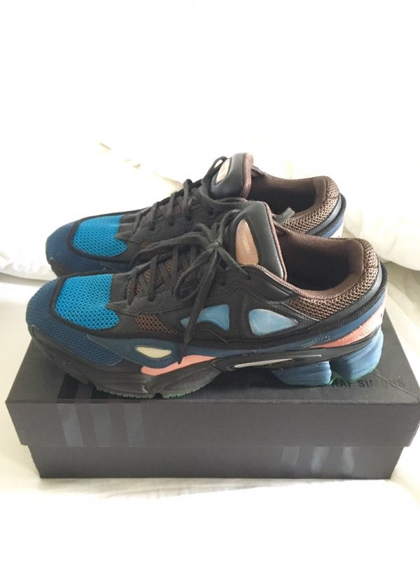 new style 8440d 7608a Raf Simons x Adidas - Ozweego 2 KYOGRE for Sale in Dallas, TX - OfferUp