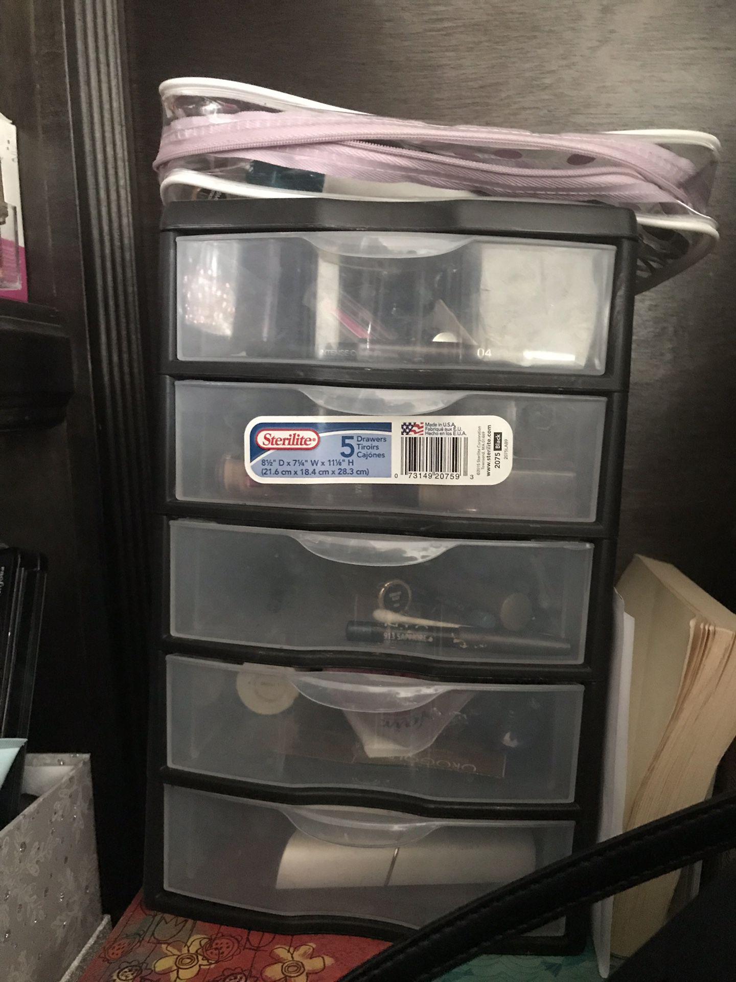 Organizer/makeup organizer
