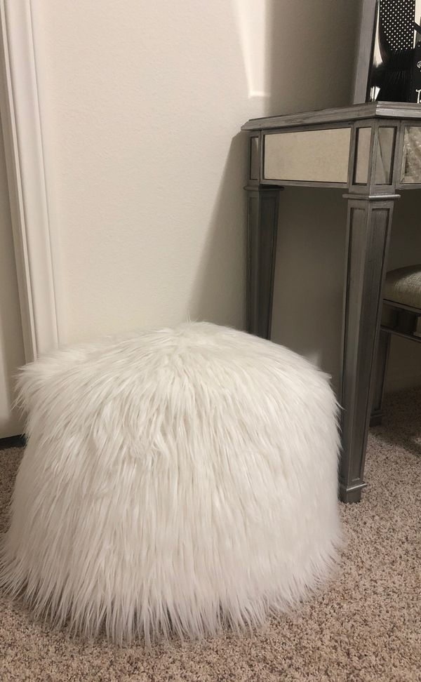 Cool White Faux Fur Pouf Bean Bag Chair Ottoman For Sale In Alphanode Cool Chair Designs And Ideas Alphanodeonline