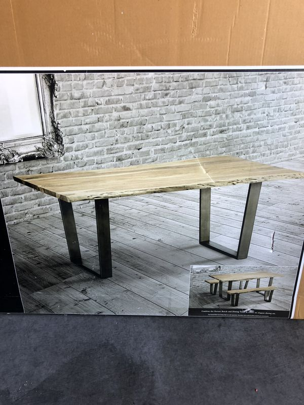 Modavari forrest dining table for Sale in Las Vegas, NV - OfferUp