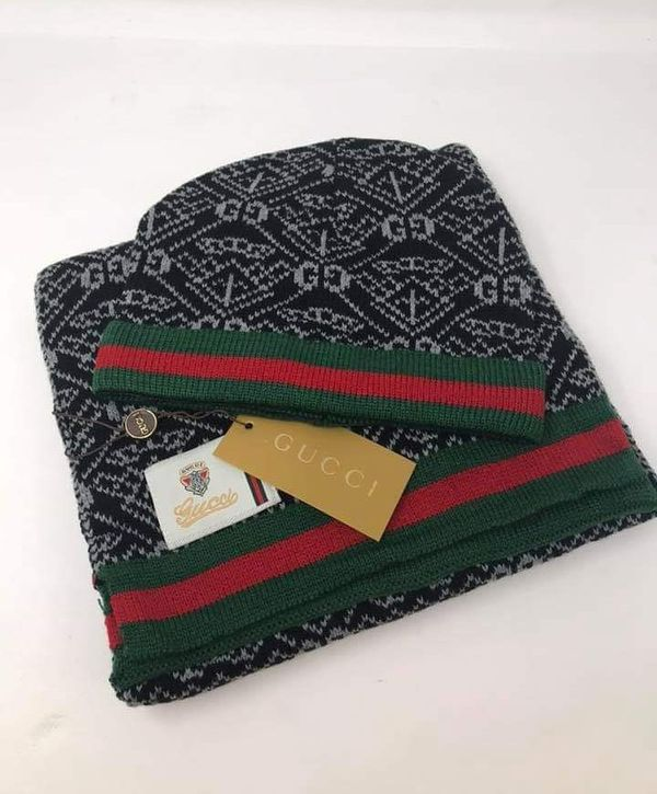 Gucci hat and Scarf set for Sale in San Antonio 5868d9617a6