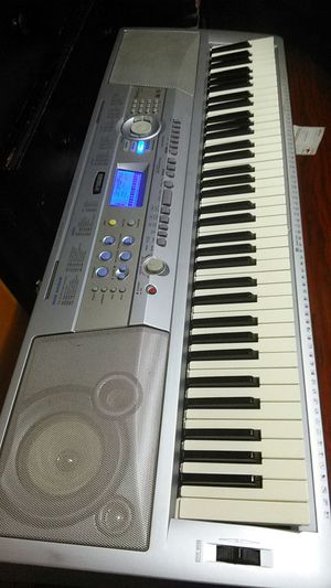 Yamaha keyboard for Sale in Los Angeles, CA
