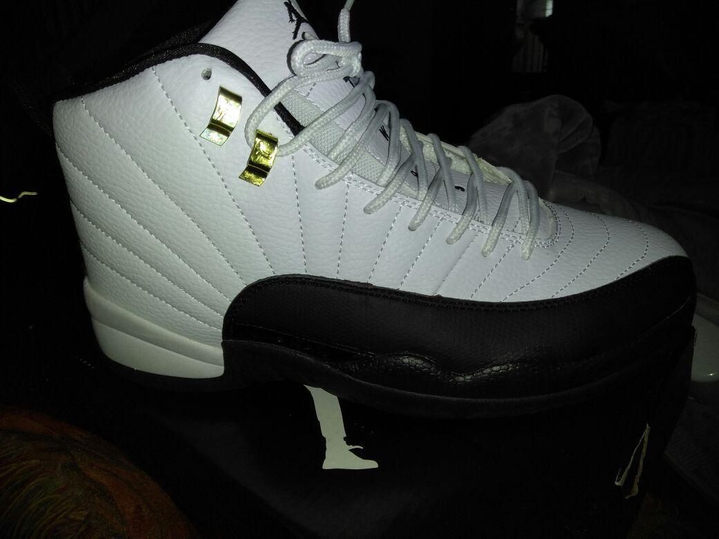 Taxi 12s Size 9.5