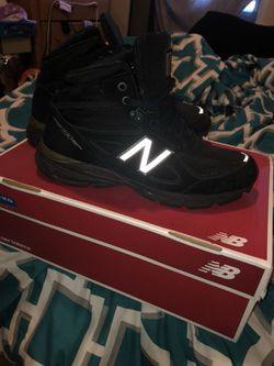 New balance Boots Thumbnail