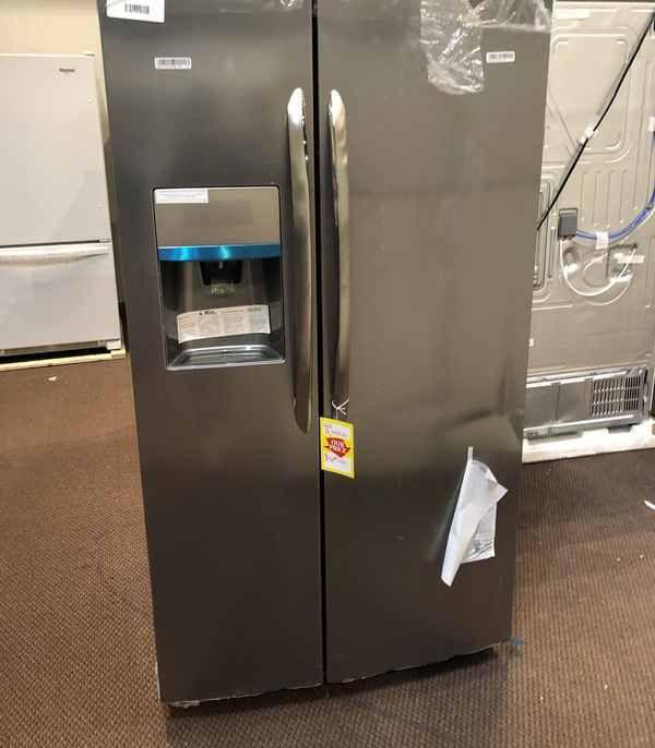 Frigidaire Refrigerator 🙈⚡️🍂🍂⏰✔️🔥😀🙈⚡️🍂⏰⏰✔️🔥😀🙈⚡️🍂⏰✔️ Appliance Liquidation!!!!!!!!!!!!!!!!!!!!! BWRW