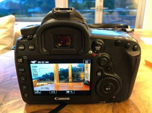 Canon EOS 5D Mark IV 30.4 MP Digital SLR (Touch Screen) - Contact : dirkysassi68 @ G M A I L for Sale in Washington, DC