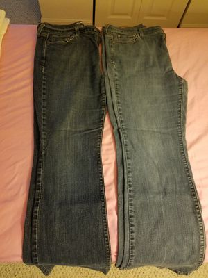 Levi 515 jeans medium-length and long for Sale in Harpers Ferry, WV
