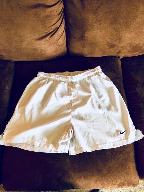 006deb79710 Nike Dri-Fit Shorts - M for Sale in Hendersonville, TN - OfferUp