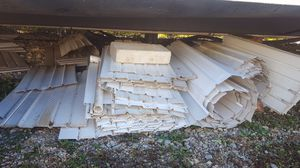 Used white mobile home skirting panels for Sale in Festus, MO
