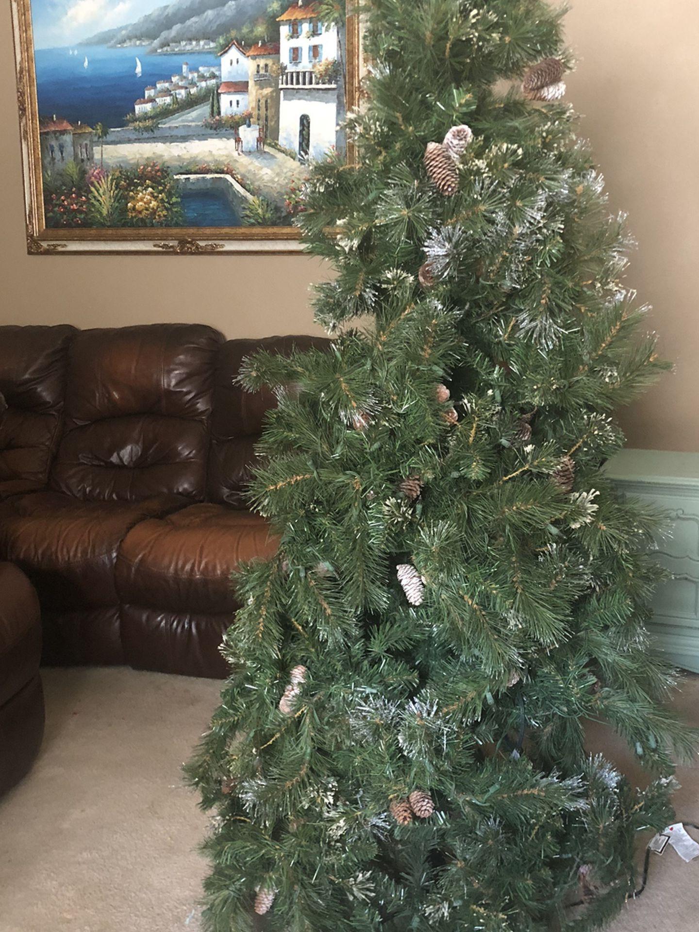 6 Ft Christmas Tree $30