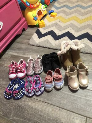 Photo Toddler girl shoes size 5