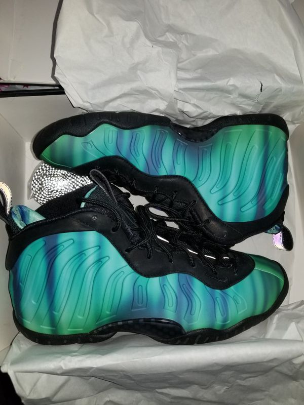 97f7334b6c6 Size 6.5 northern lights Nike foamposite for Sale in Weatherby Lake ...