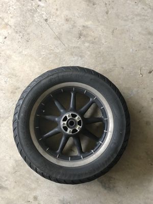 2006 Harley-Davidson Electraglide front wheel no rotors and needs a tire. Fits other years for Sale in Manassas, VA