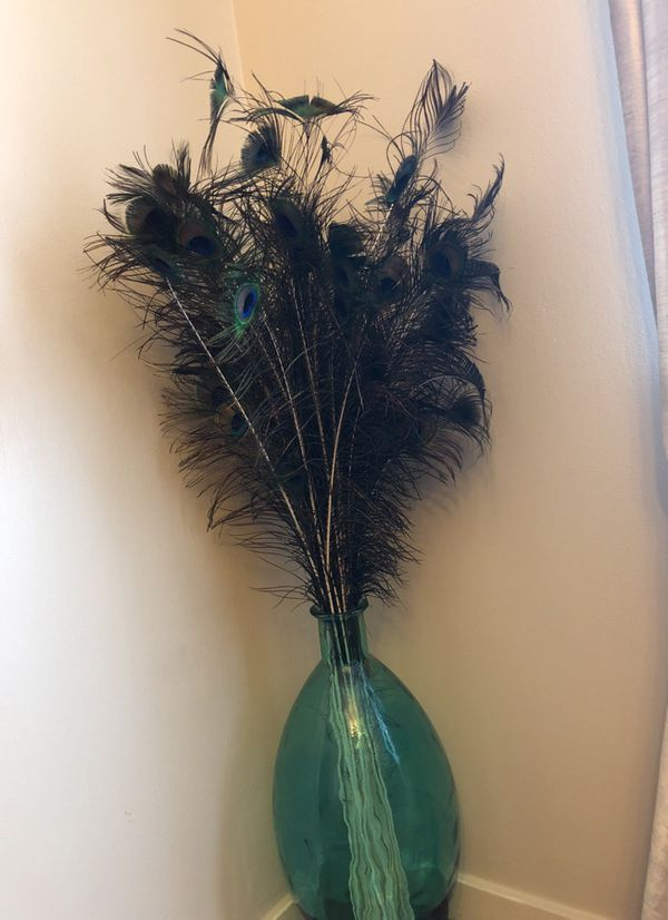 Peacock Feathers In Vase Best Vase Decoration 2018