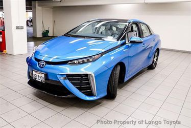 2018 Toyota Mirai Thumbnail