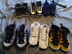 $20 a shoe 6c 8 C and 9 C for Sale in St. Louis, MO