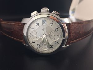 Photo Men's Baume & Mercier Capeland. Swiss made Automatic movement, 39 mm, Stainless steel bracelet with hidden double folding clasp. Sapphire,tow bands
