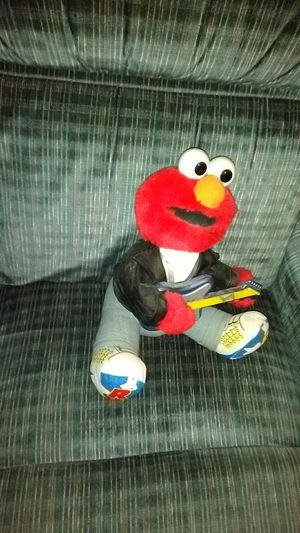 Photo 1997 rock and roll elmo