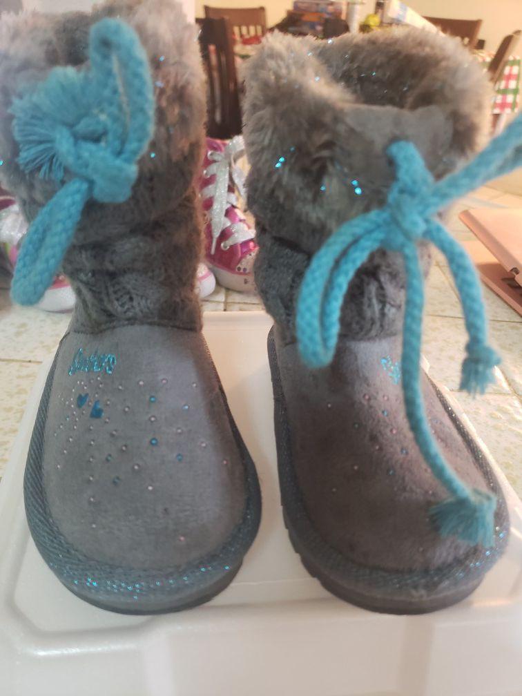 Skechers twinkle toes boots.