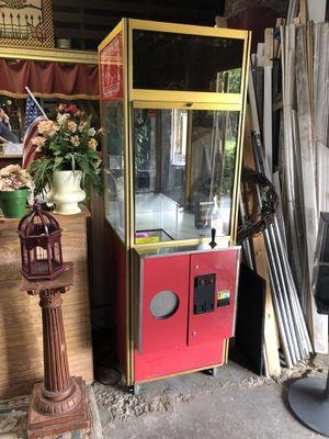 Clean Sweep Claw Machine for Sale in Covington, GA
