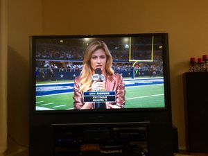 Big screen tv with stand for Sale in Laveen Village, AZ