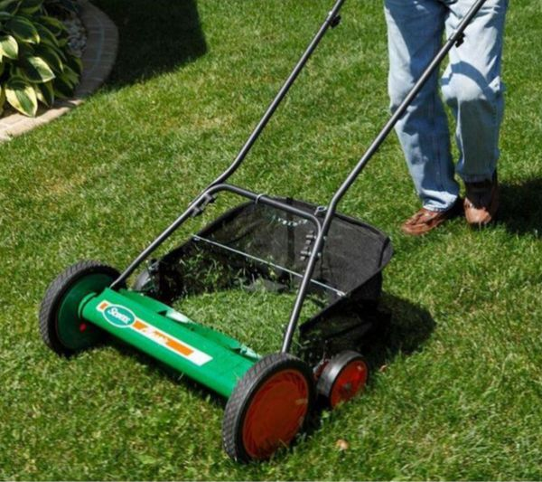 Scotts 20 in  Reel Mower with Grass Catcher for Sale in Anaheim, CA -  OfferUp
