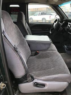 2001 Dodge Ram 3500 Thumbnail