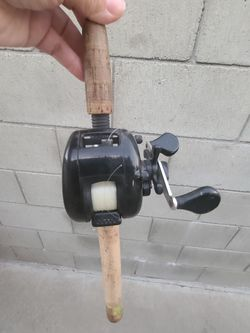6ft South Bend Pole with Zebco Reel Thumbnail