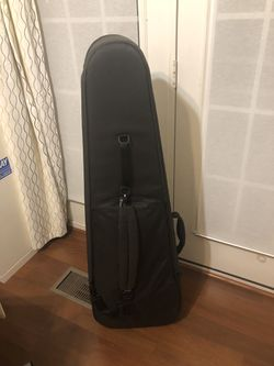 Incase Bass Guitar gig bag Thumbnail