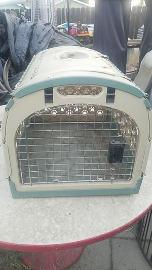 pet carrier for Sale in Lemoore, CA