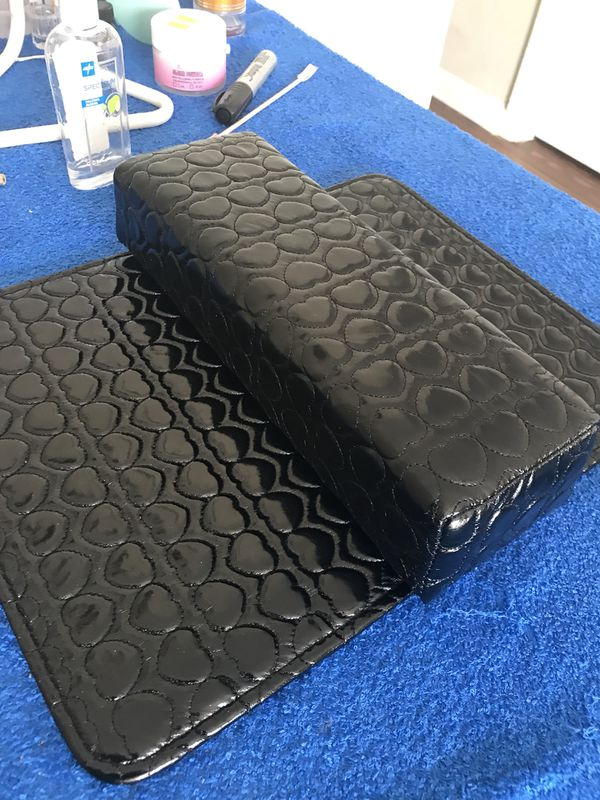 2d2804e749 PRICE DROP ! BRAND NEW MANICURE PAD + PILLOW for Sale in ...