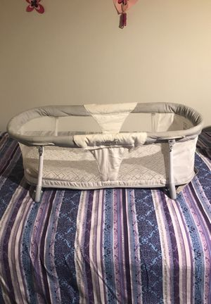 portable baby crib for Sale in Berwyn Heights, MD