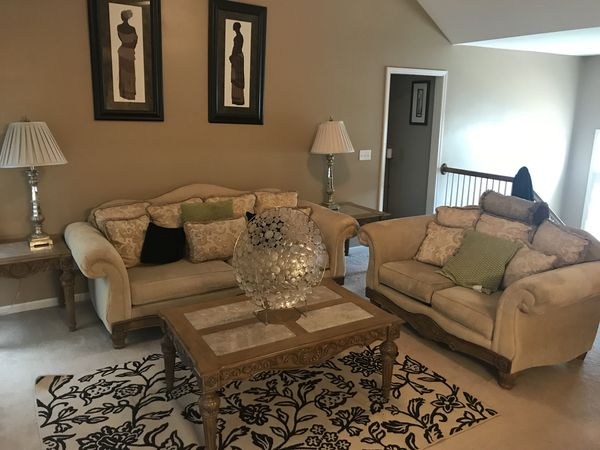 Like New Living Room Furniture For Sale In Kansas City Mo Offerup