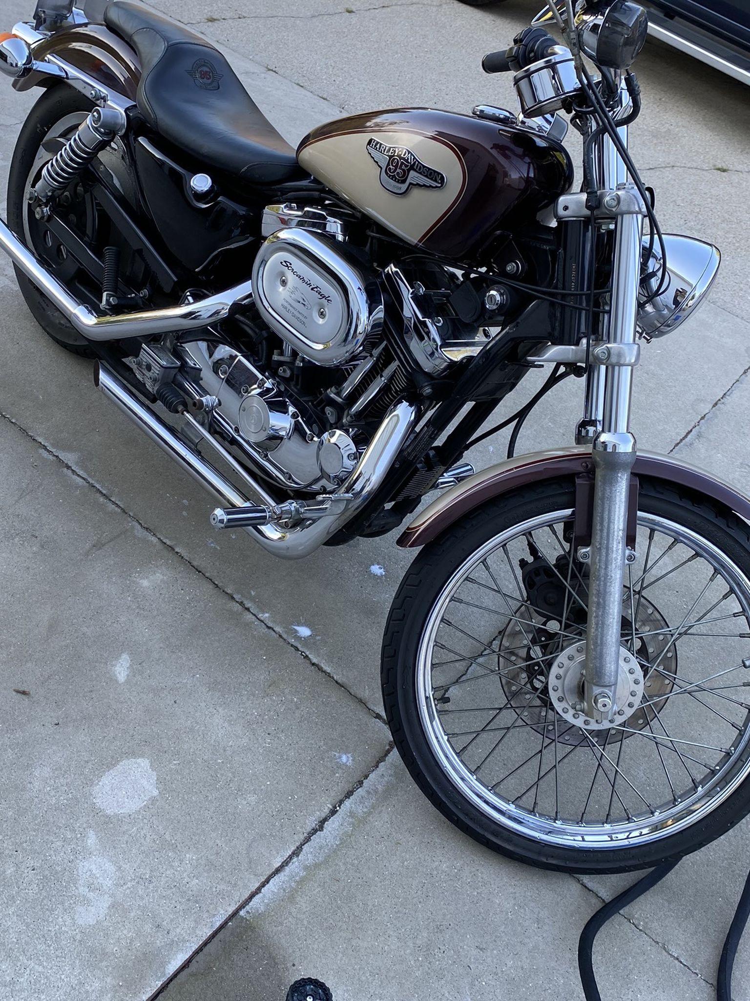 Photo 1998 Harley Davidson 1200 Sportster XL Custom
